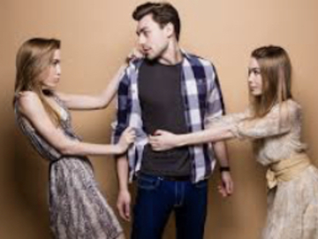 Selling: LOVE TRIANGLE? Who Is More Compatible?