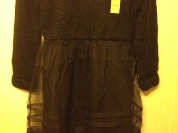 Selling: dress