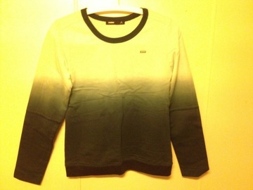Selling: long-sleeve shirt