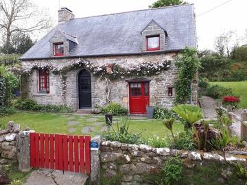 Location par semaine: Gite F3 - St Germain le Gaillard (90m²)