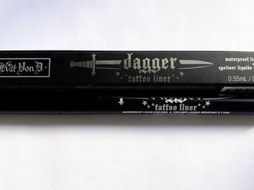 Venta: Delineador negro DAGGER de KVD