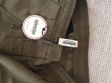 Selling: Army Green Combat Trousers