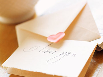 Selling: LOVE LETTERS FROM YOUR SOULMATE