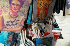 Buy Now: 100 Art Bags Amazing Styles Zipper Bags