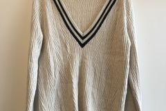 Selling: Merino Wool V-Neck Jumper