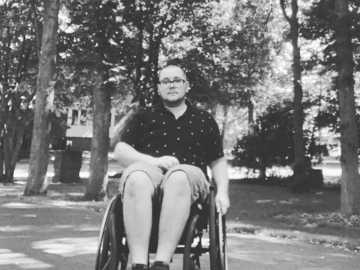 I need a place to live, here are my needs :): Looking for wheelchair accessible!