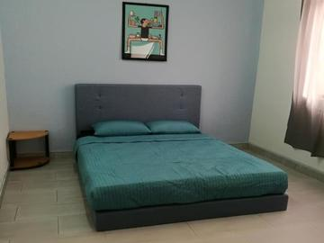 For rent (month): Great Location at SS4, Kelana Jaya with High Speed Wi-Fi