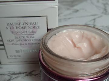 Venta: Baume en Eau a la Rose Noire de Sisley