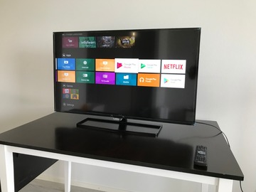 Selling: Philips Smart TV LED