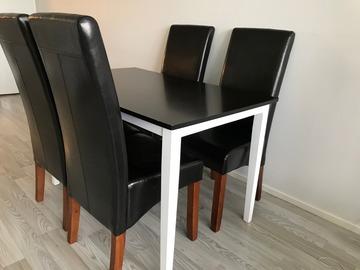 Myydään: Dining table/ Ruokapöytä