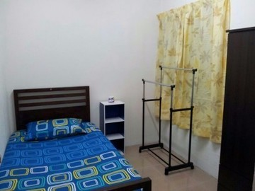 For rent (month): Available Room at Setia Alam, Shah Alam with High Speed Wi-Fi