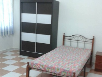 For rent (month): Fully Furnished Room at Taman Damai Utama, Puchong with Wi-Fi