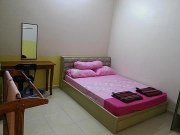 For rent (month): Room For Rent at Taman Mayang, Petaling Jaya with Wi-Fi