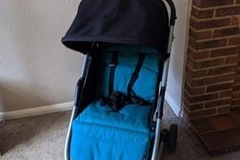 Selling with online payment: Mama's and papas pushchair