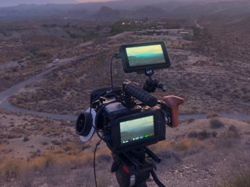 Vermieten: Blackmagic Pocket 4K Kamera-Set inkl. Objektive/Stativ