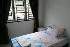 For rent (month): Room To Let at Bandar Sunway, Petaling Jaya with Wi-Fi