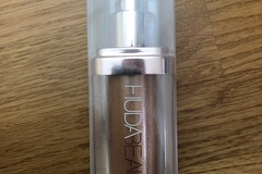 Venta: Nymph huda beauty body highlighter