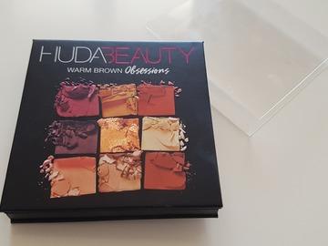 Venta: Warm Brown Huda Beauty