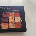 Venta: Warm Brown Huda Beauty