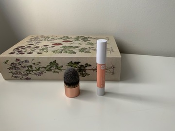Venta: corrector bisque stick y brocha kabuki
