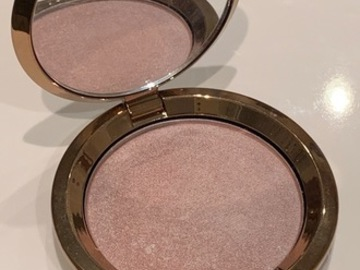 Venta: Light Chaser Highlighter | BECCA