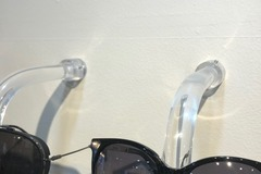 Selling with online payment: Direct-to-Wall Eyewear Rack