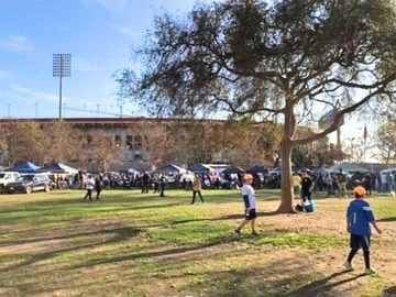 Paid Events: Bears vs Rams tailgate South lawn