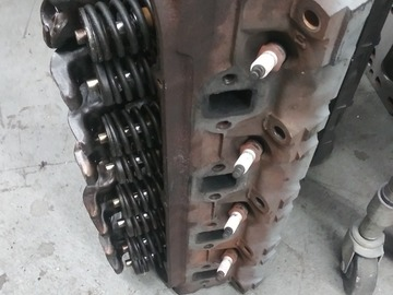 Selling with online payment: Ford Mustang 302 heads E7 casting