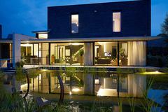 .: FOTO VAN HUFFEL, architectuur-interieur en product fotografie.