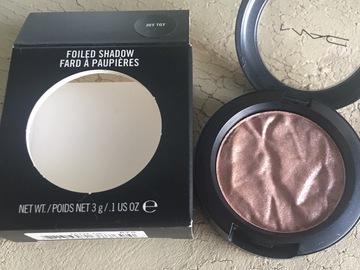 Venta: MAC foiled shadow JOY TOY edición limitada