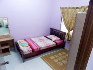 For rent: Non-Smoking Unit at Bandar 16 Sierra, Puchong with Wi-Fi