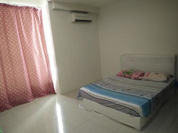 For rent: Non-Smoking Unit Room at Bandar Bukit Puchong with Wi-Fi