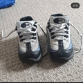 Selling with online payment: Nike trainers, infant size 7.5