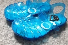 Selling with online payment: Hugo boss jellies, infant size 8