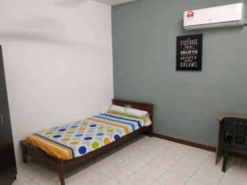 For rent: Non-Smoking Unit Room at BK5 @ Bandar Kinrara with Wi-Fi