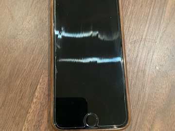 Selling with online payment: [SOLD] Great working condition iPhone 6