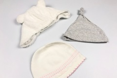 Selling with online payment: Hat bundle, age 0-6 Mths