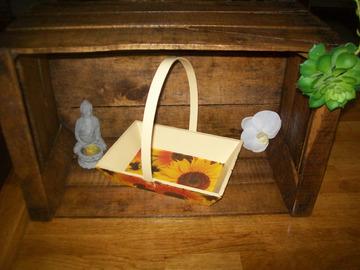 Vente au détail: panier en bois tournesol