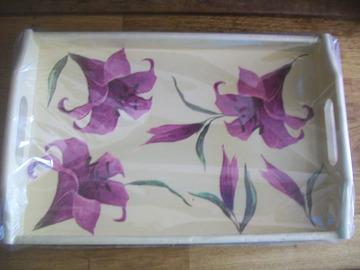 Vente au détail: plateau déjeuner décor fleurs