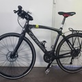 Weekly Rate: Excellent carbon fibre hybrid / touring bike with panniers