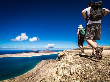 Réserver (avec paiement en ligne): Lanzarote, l'île aux 300 volcans - Canaries