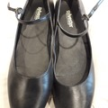 Selling: Black leather brogues (SOLD)