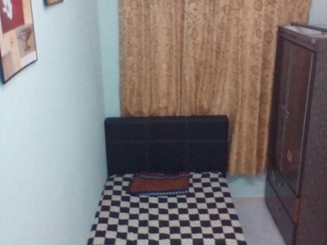For rent: Available Room at SS21 @ Damansara Utama with High Speed Wi-Fi