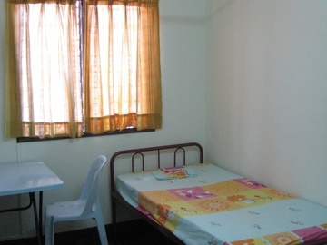 For rent: Room For Rent at Taman Tun Dr Ismail with High Speed WI-FI