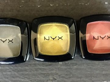 Buy Now: 100 NYX Eyeshadows Mix Colors