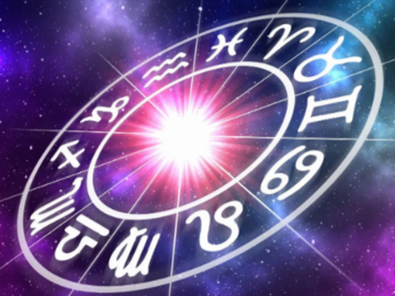 Selling: Personal Astrology & Tarot for the next month.(video)