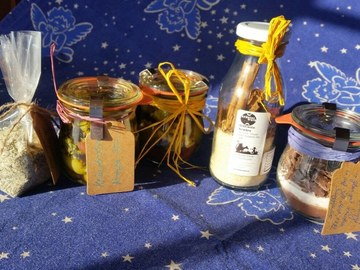 Workshop offering (dates): Ab ins Geschenk-Papier