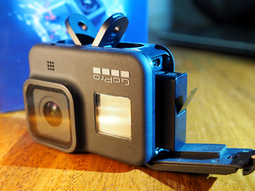 Vuokrataan (päivä): Uusi GoPro 8 kypäräkamera + 128 Gb muistikortti