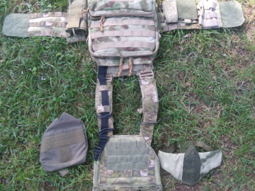 Selling: OPS plate carrier with accessories.