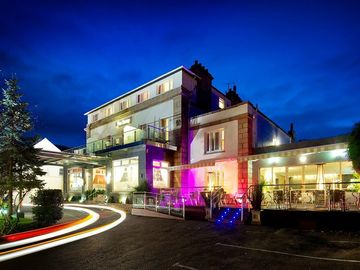 Accommodation Per Night: 4 Star Town Hotel - Double